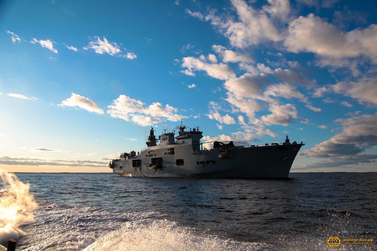 Фотографии морских кораблей
